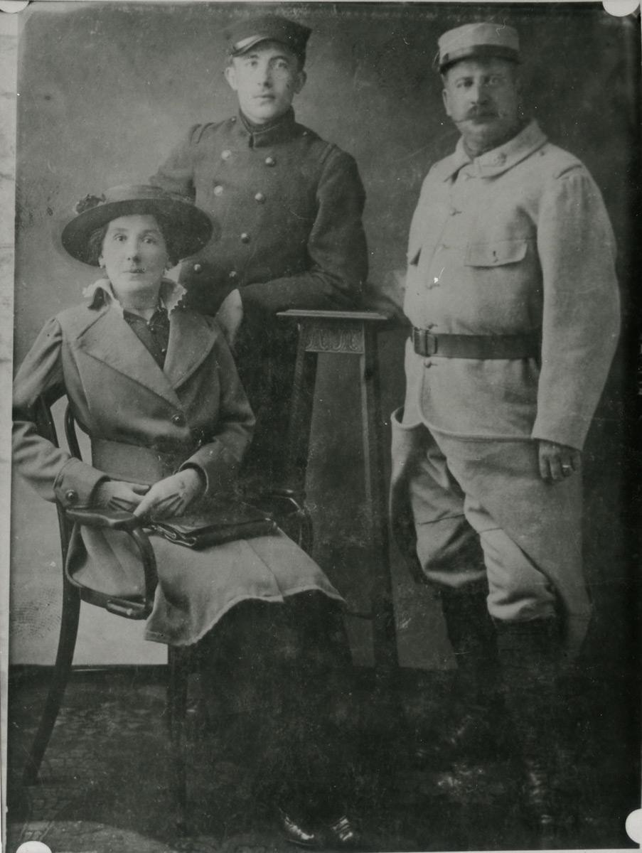 Paul Eluard, Monsieur et Madame Grindel © I. Andréani